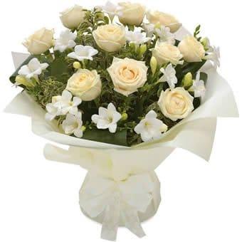 Majestätischer Send Flowers