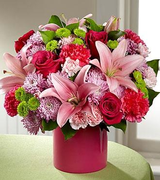 Sweetness Light Flower Bouquet pink